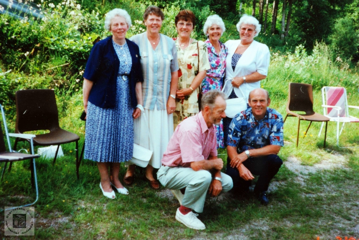 Skoletreff, siste elever ved Høyland skole. Grindheim Audnedal.