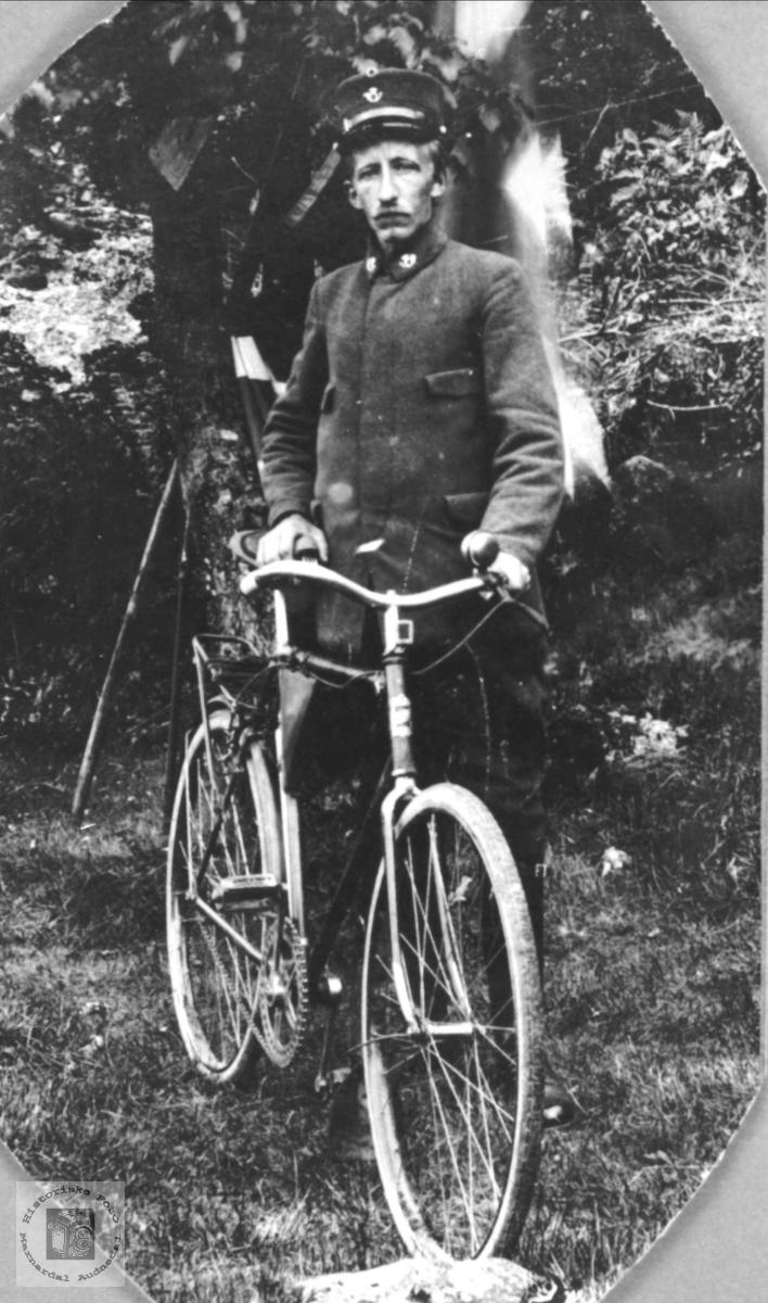 Postbud, Nils Andreas Breland, Øyslebø.