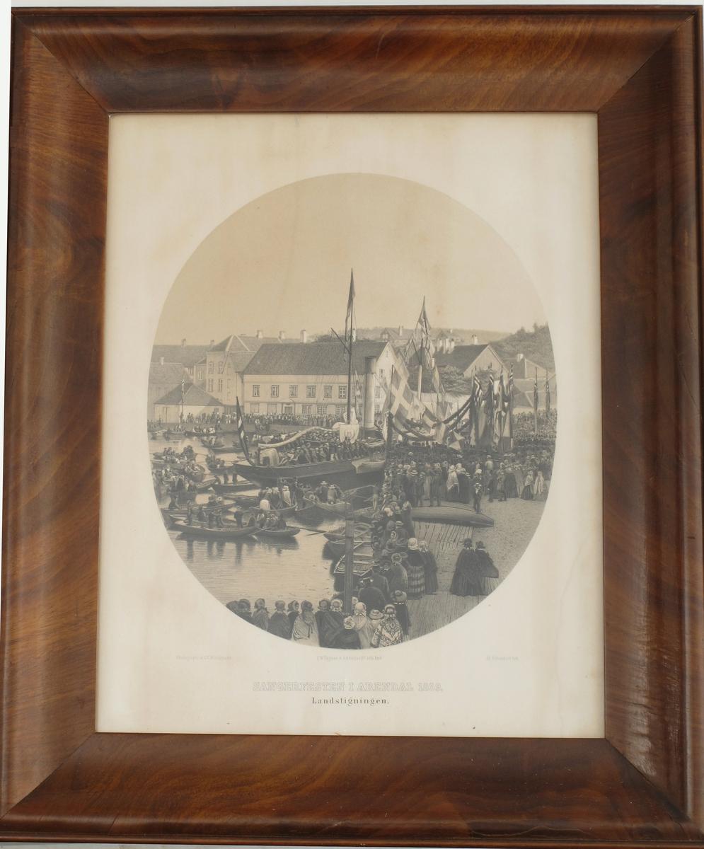 Sangerfesten i Arendal 1859:  Landstigningen. . Bildet viser landstigning  innerst i Pollen, med det gml. Politikammeret i bakgr.  Se Arendal fra For tid til Nutid (1923) s. 497 ff.