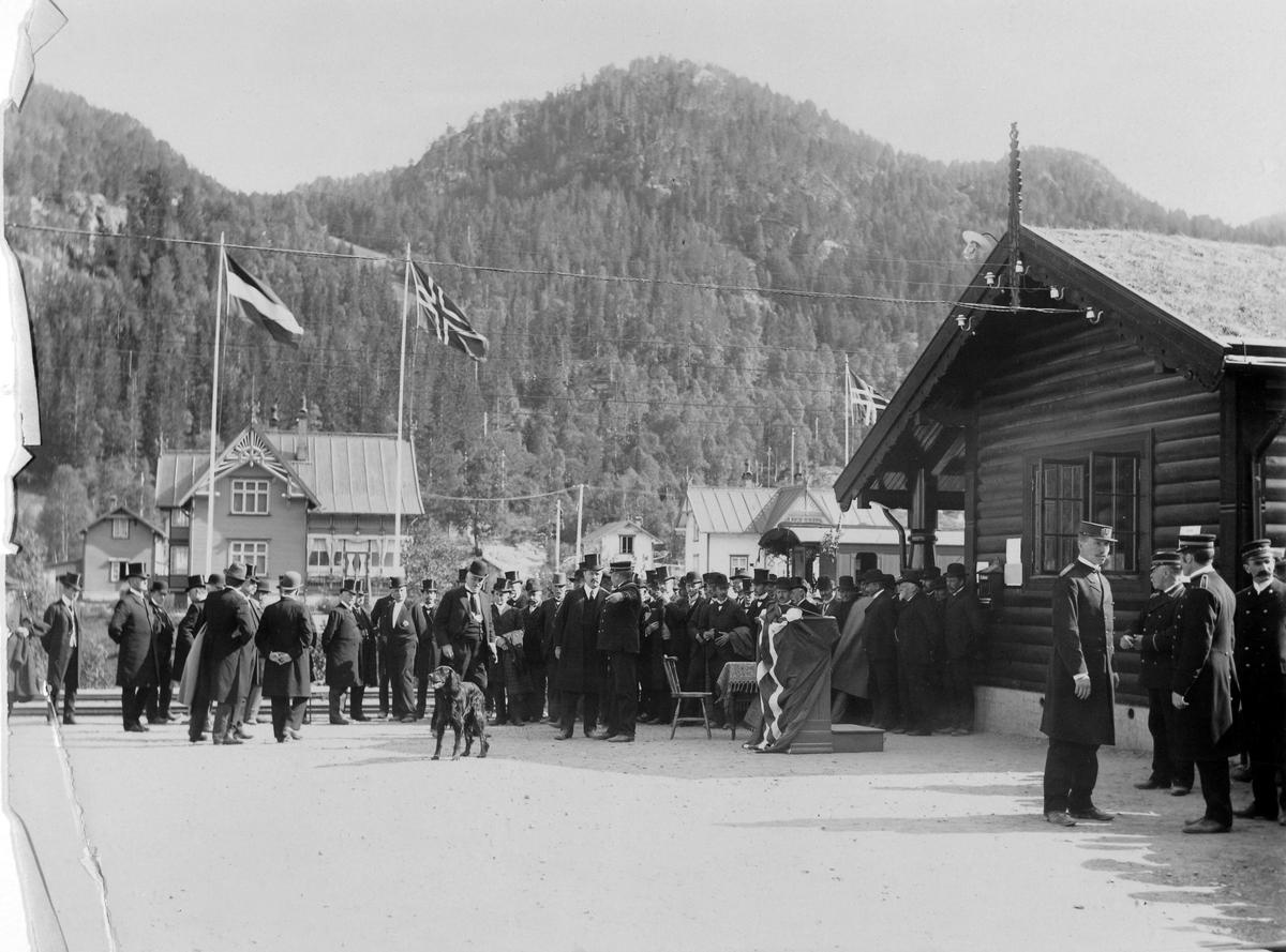 Thamshavnbanens åpning på Løkken Verk, 15. august 1910.