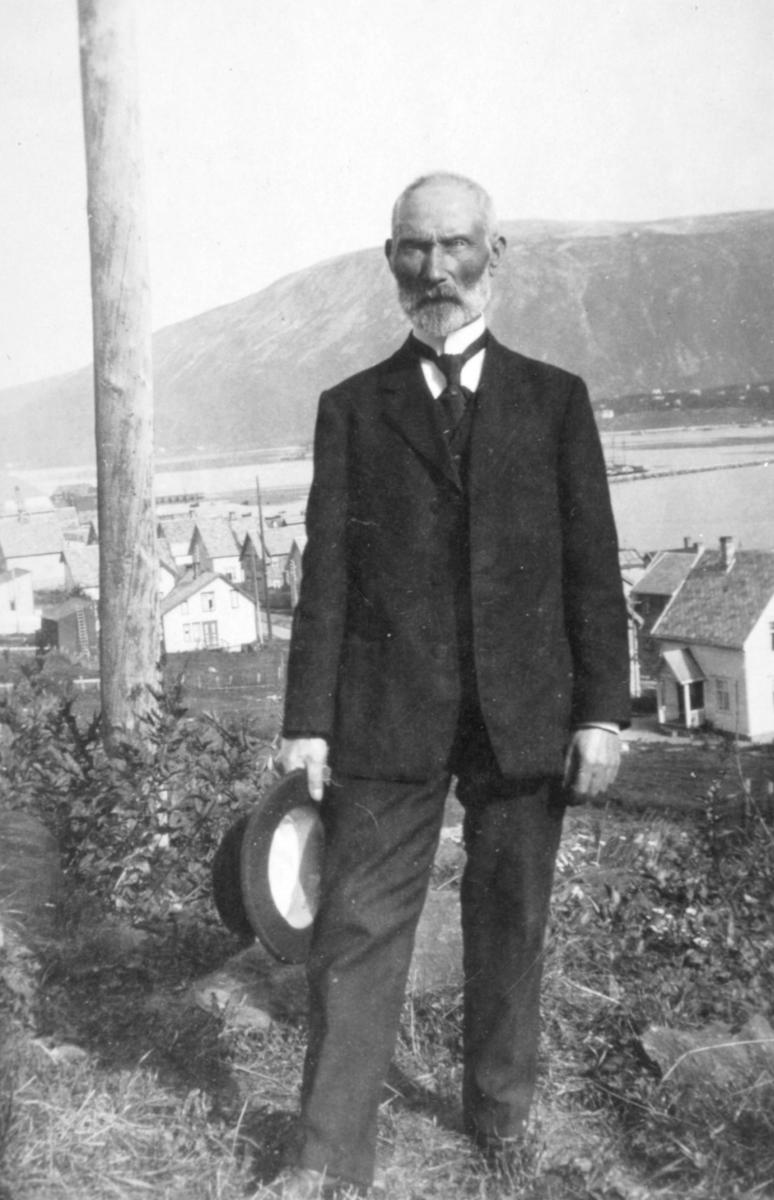 Lærer og kirkesanger Hans Klæbo Hansen 80 år gammel i 1931.