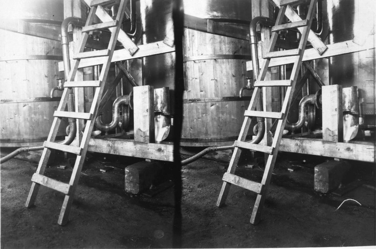 Vätgasapparat. Stereoskopisk bild.