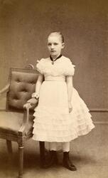Porträtt av Hildur Lenander (1866-1937), dotter till handlar