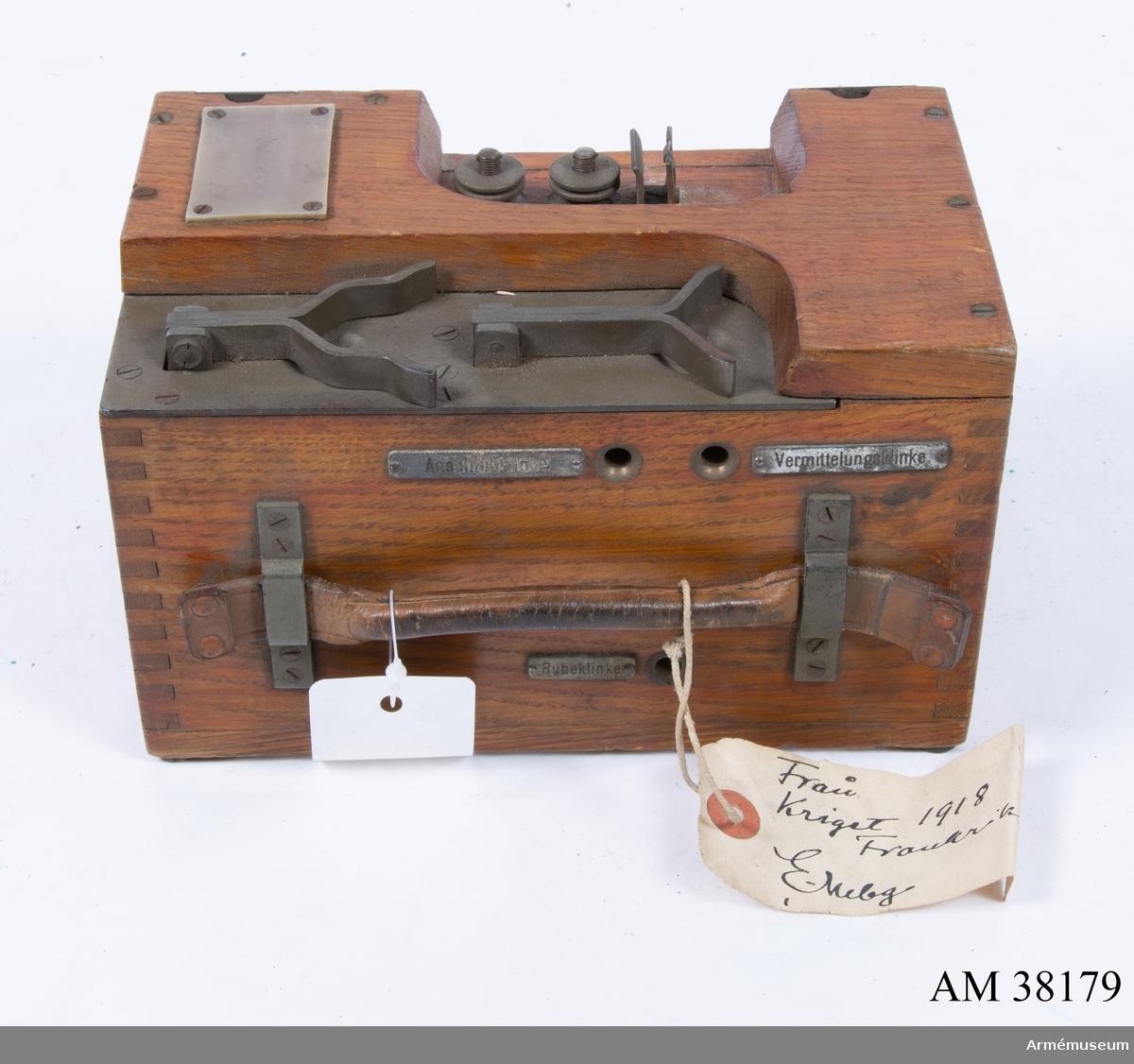 Grupp H I. Detaljer till telefonapparat 1914-18, Tyskland.