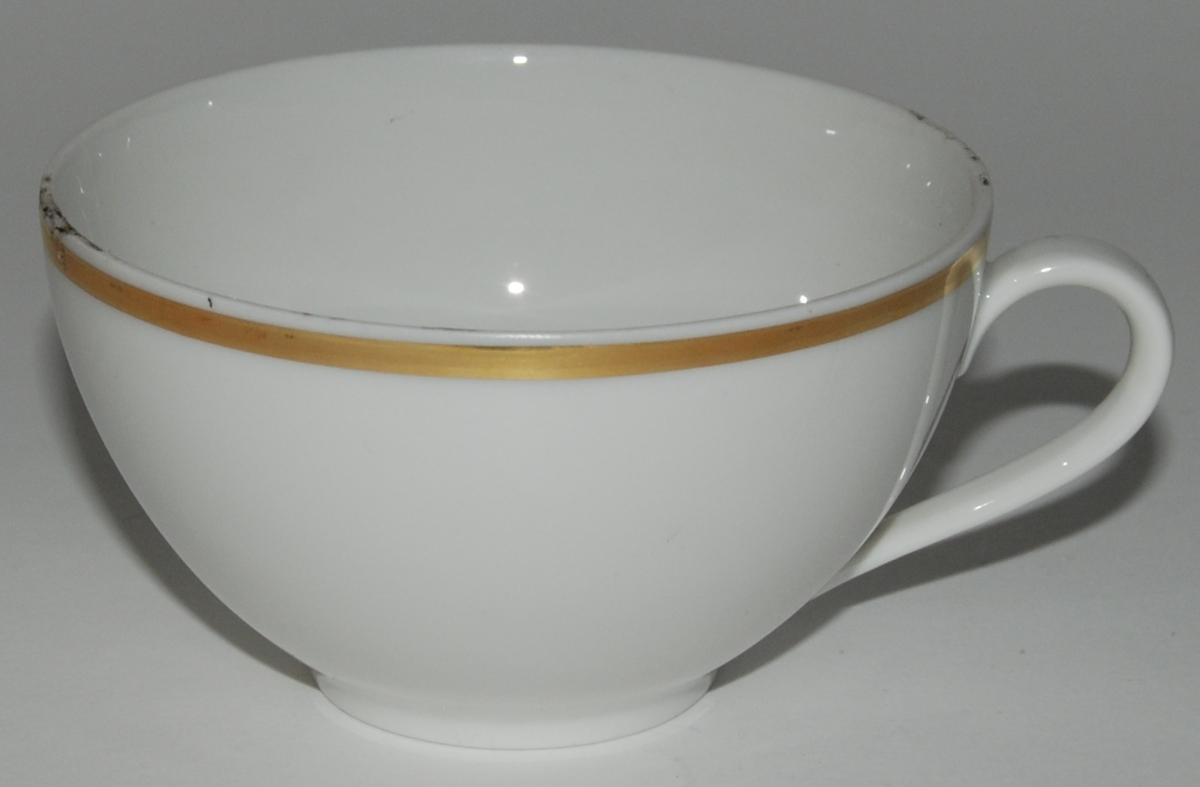 Kaffekopp med fat. Karlskrona. Med guldkant.