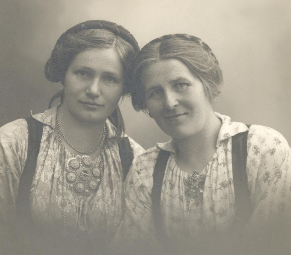 Liv Li og Gunhild Roteberget