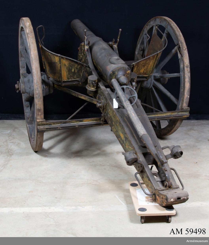 Grupp F I. Till 9 cm slätborrad framladdningskanon; 8,3 cm räfflad försökskanon år 1878 uppborrad.
