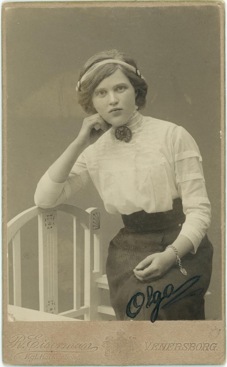 Porträtt, Olga