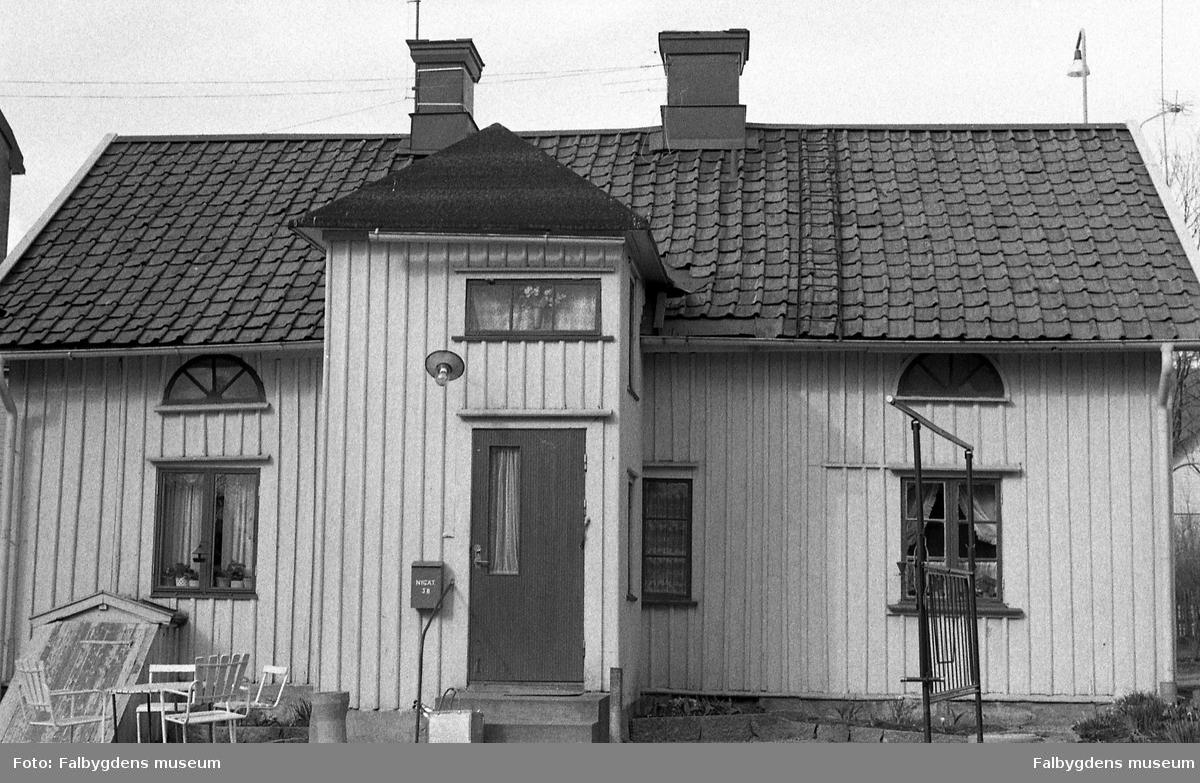 Byggnadsinventering 1972. Tunnbindaren 7. Bostadshusets gårdssida.