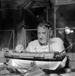 Sjøfartsmuseet på Bygdøy. Konservator Thomas Hauge. Løwendah