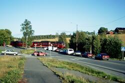 Lokaltog til Moss med motorvognsett type 69 passerer planove