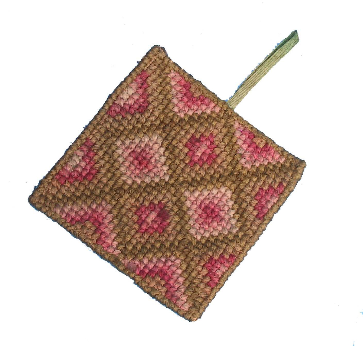 Korssting, rutemønster/ rutemønster i lys oliven, rosa og karmin. P