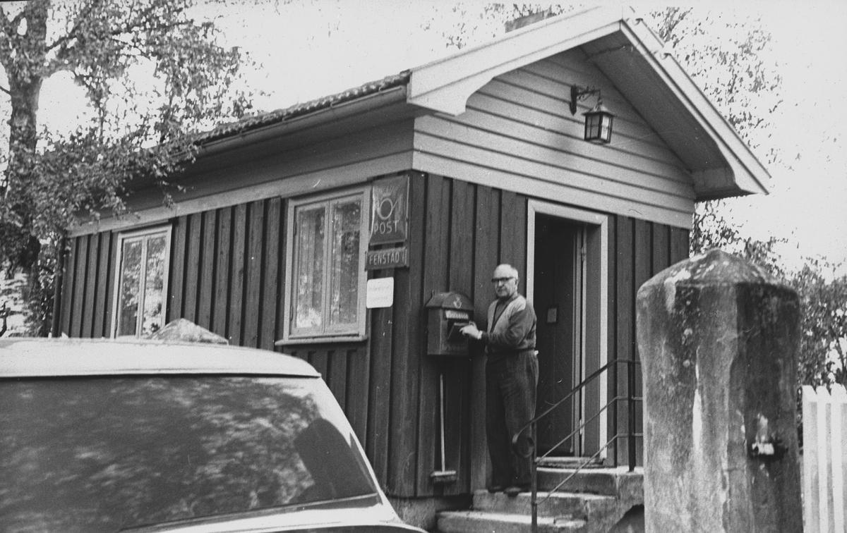 Fenstad Postkontor