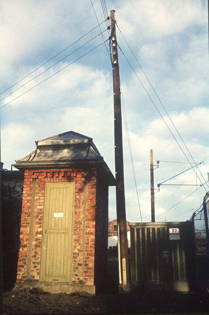 Kiosk nr. 77, ver jernbanen. Fabrikkgata?