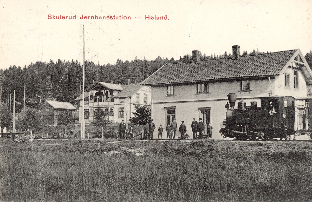 Skulerud stasjon med tog retning Sørumsand, trukket av lok 2 Eidsverket (senere Urskog),