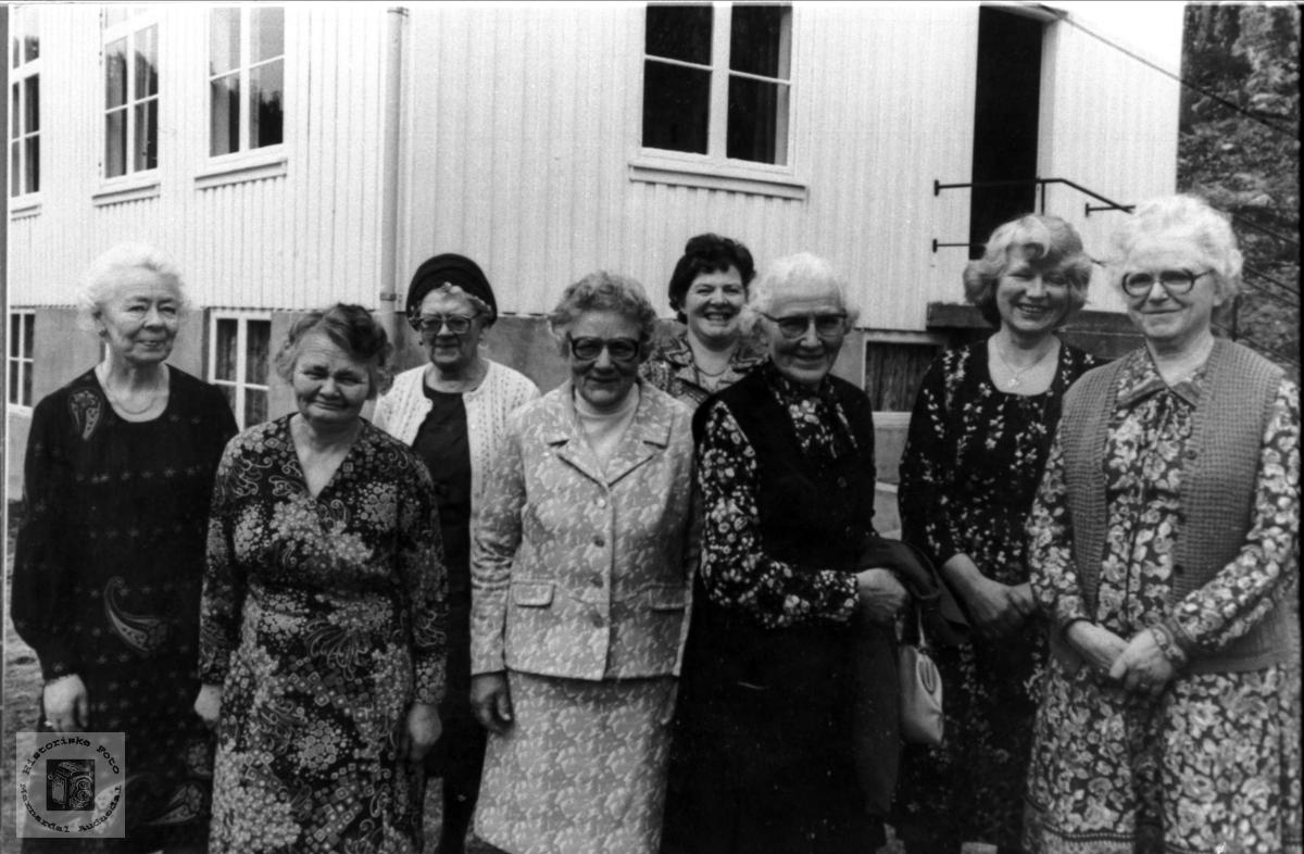 Kvinnforening. Tjomsland bedehus.