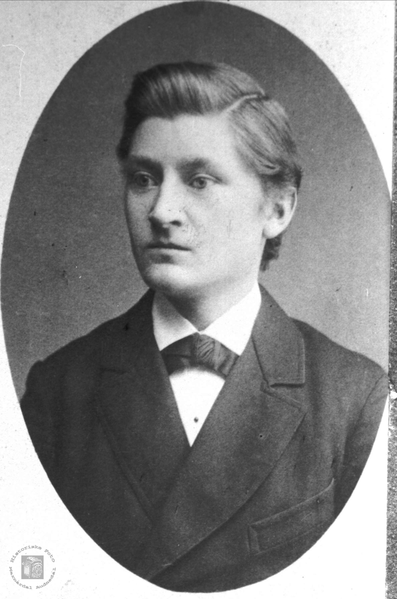 Portrett av Ole Bendik L. Laudal.