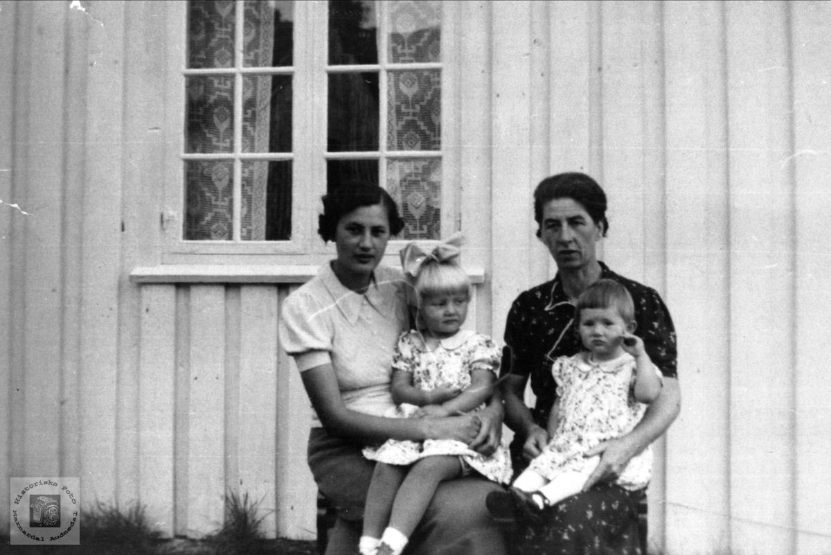 Familiegruppe Korsvold, Øyslebø.