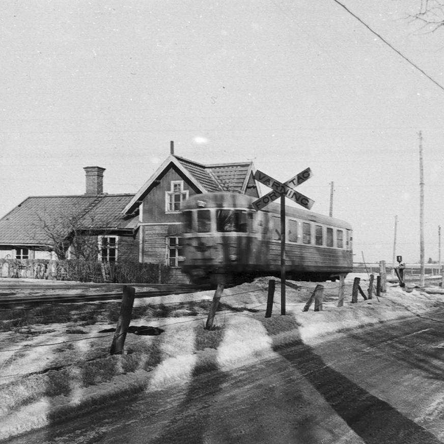 Segerby poststation. Hållplats på Axvall - Stenstorps järnväg m.m. i Segerstads by.  Stenstorp och Skara.Lades ner 1962.