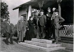 Patron Johan Stenbeck med fru och några av sina söner och do