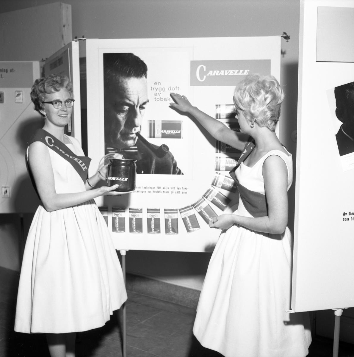 Bildserie från Svenska Tobaksmonopolets fabrik i Arvika tagen 1961.
