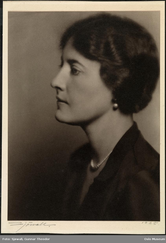 portrett, kvinne, brystbilde, profil