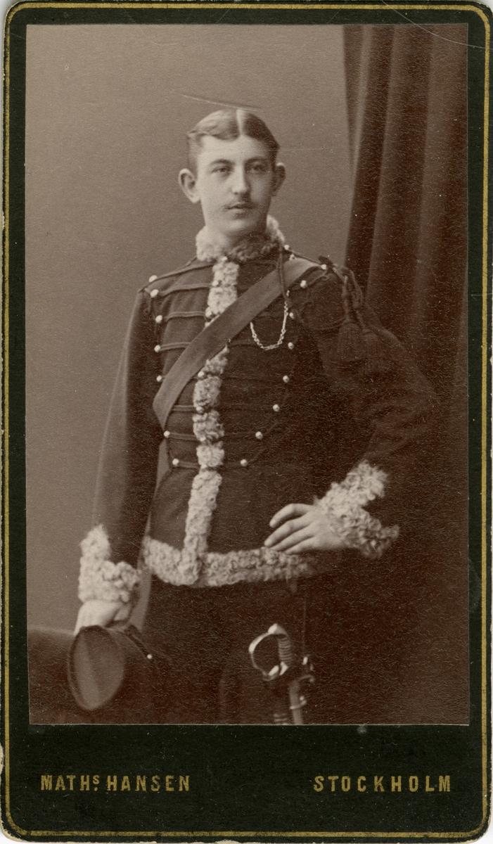 Porträtt av okänd officer vid Skånska husarregementet K 5.