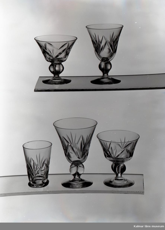 Glas ur Skrufs glasbruks kollektion.