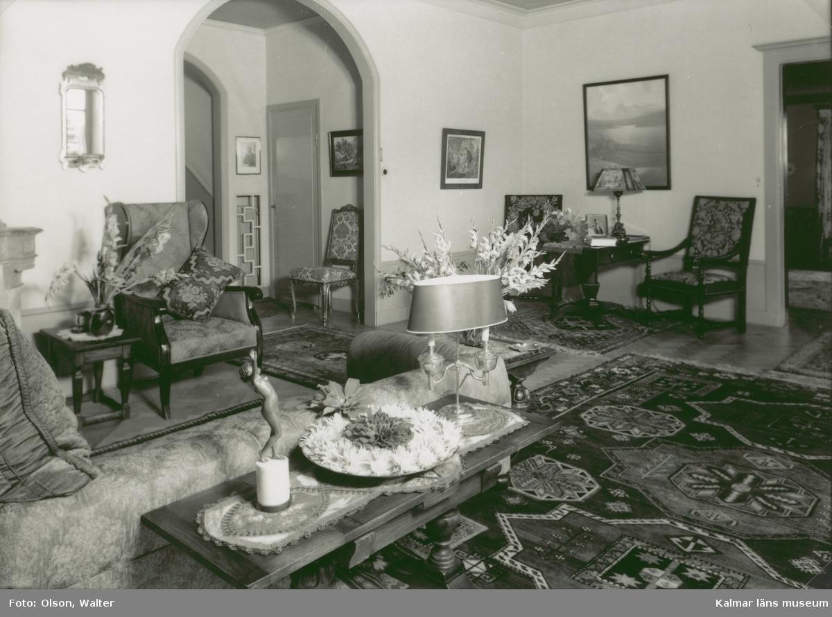 Interiör från nedre hallen i Villa Talludden.
