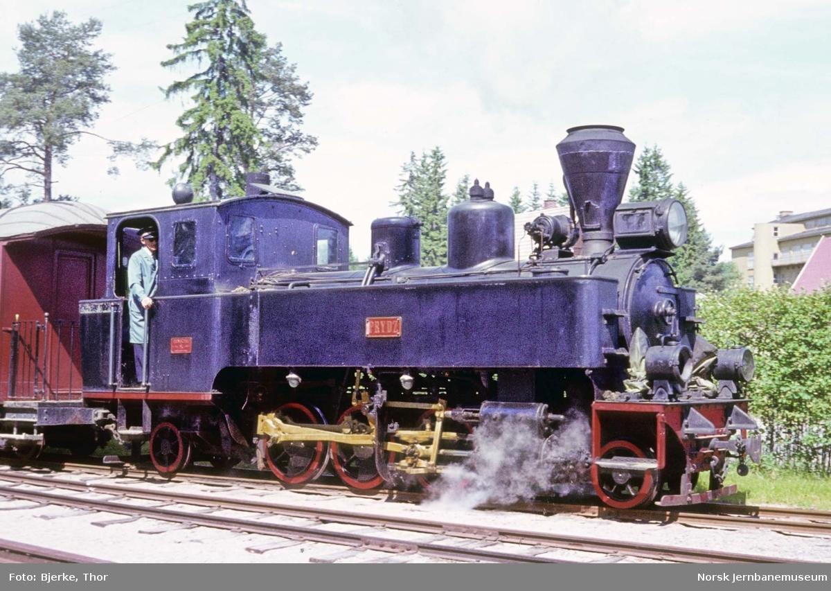 """Damplokomotiv nr. 7 """"Prydz"""" med Tertittoget på Jernbanemuseet"""