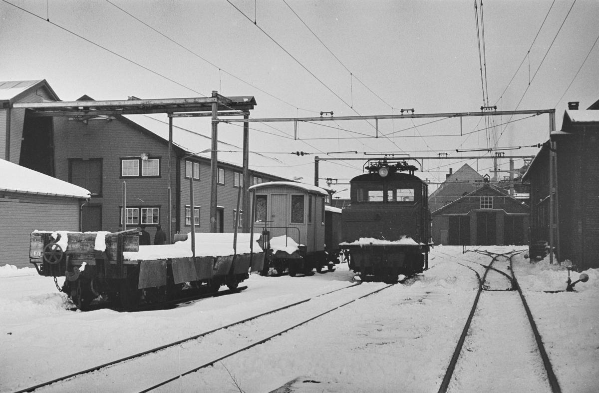 Stasjonsområdet på Thamshavn stasjon.