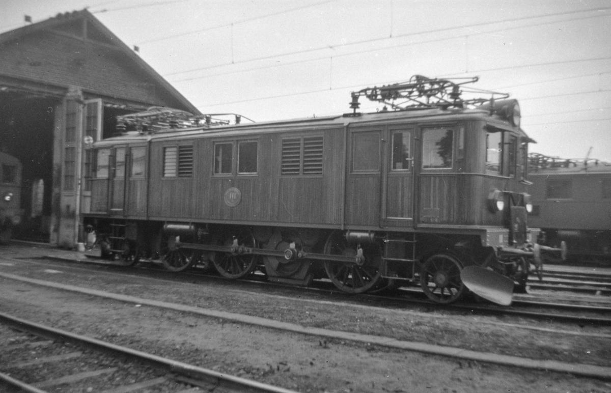 Svensk elektrisk lokomotiv type Ds nr. 111.