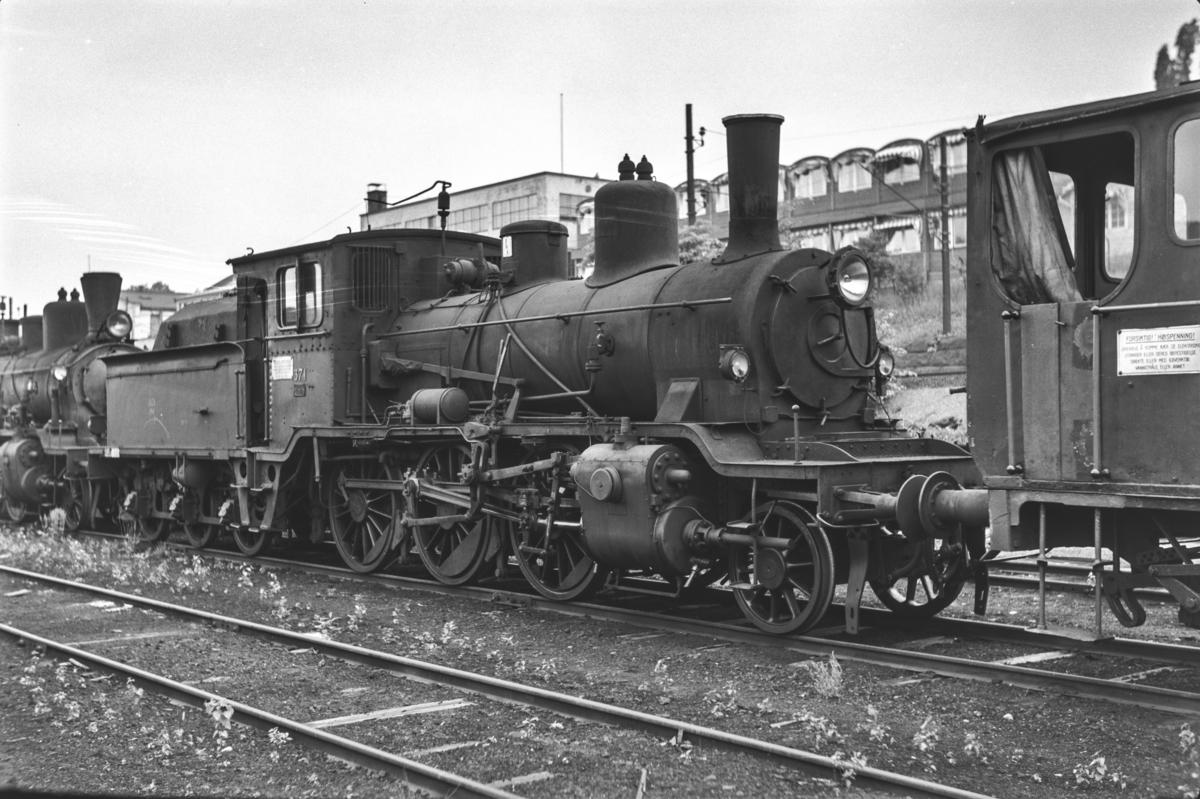 Utrangert damplokomotiv type 21c nr. 371 i Lodalen i Oslo.