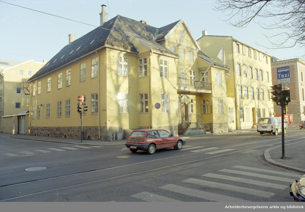 Fred Olsens gate. Fred Olsens rederi. 15. desember 1995