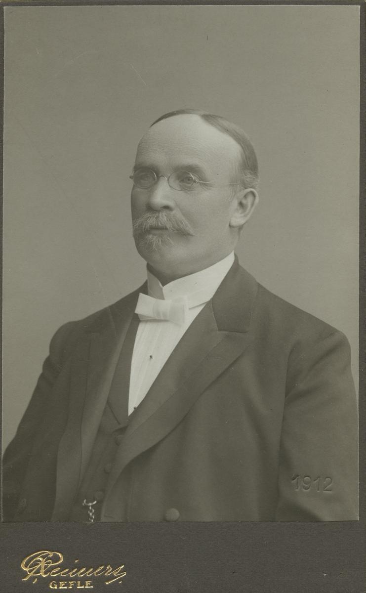 Pastor Bergström.