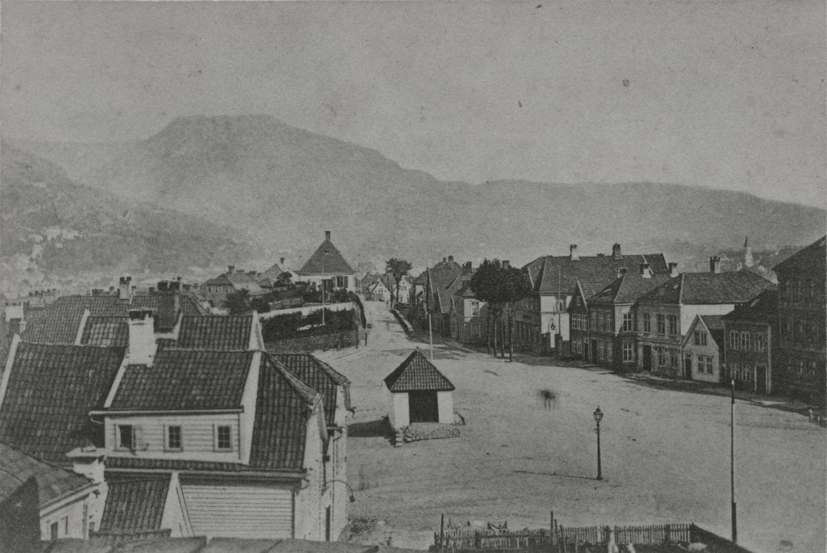 Bergen. Nordnes, Klosteret, 1870-tallet.