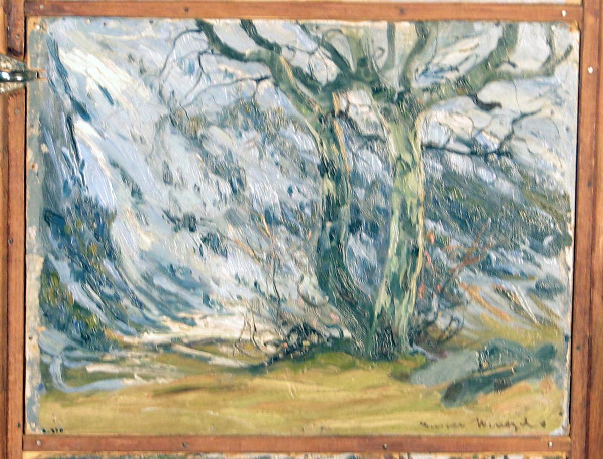 Rektangulær. Skisse; landskap i sneløsning, i forgr. bar mark,  bart tre, i bakgr. skog- og snekledt bratt ås.