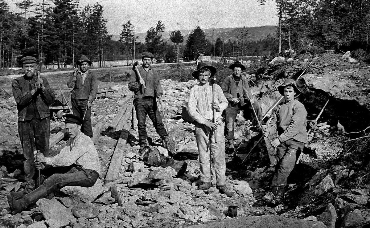 Åmlibilder samlet av Åmli historielag Jernbanebygging - Simonstad