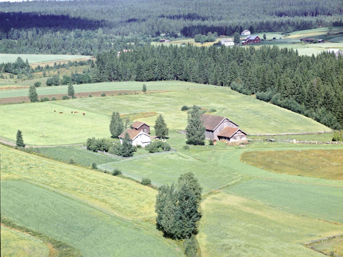 FROGNER, ØSTRE GÅRD