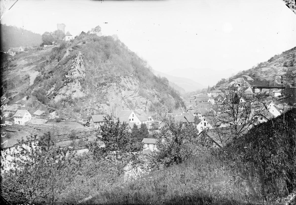 Alplandskap med bebyggelse. Kopia från 1936.