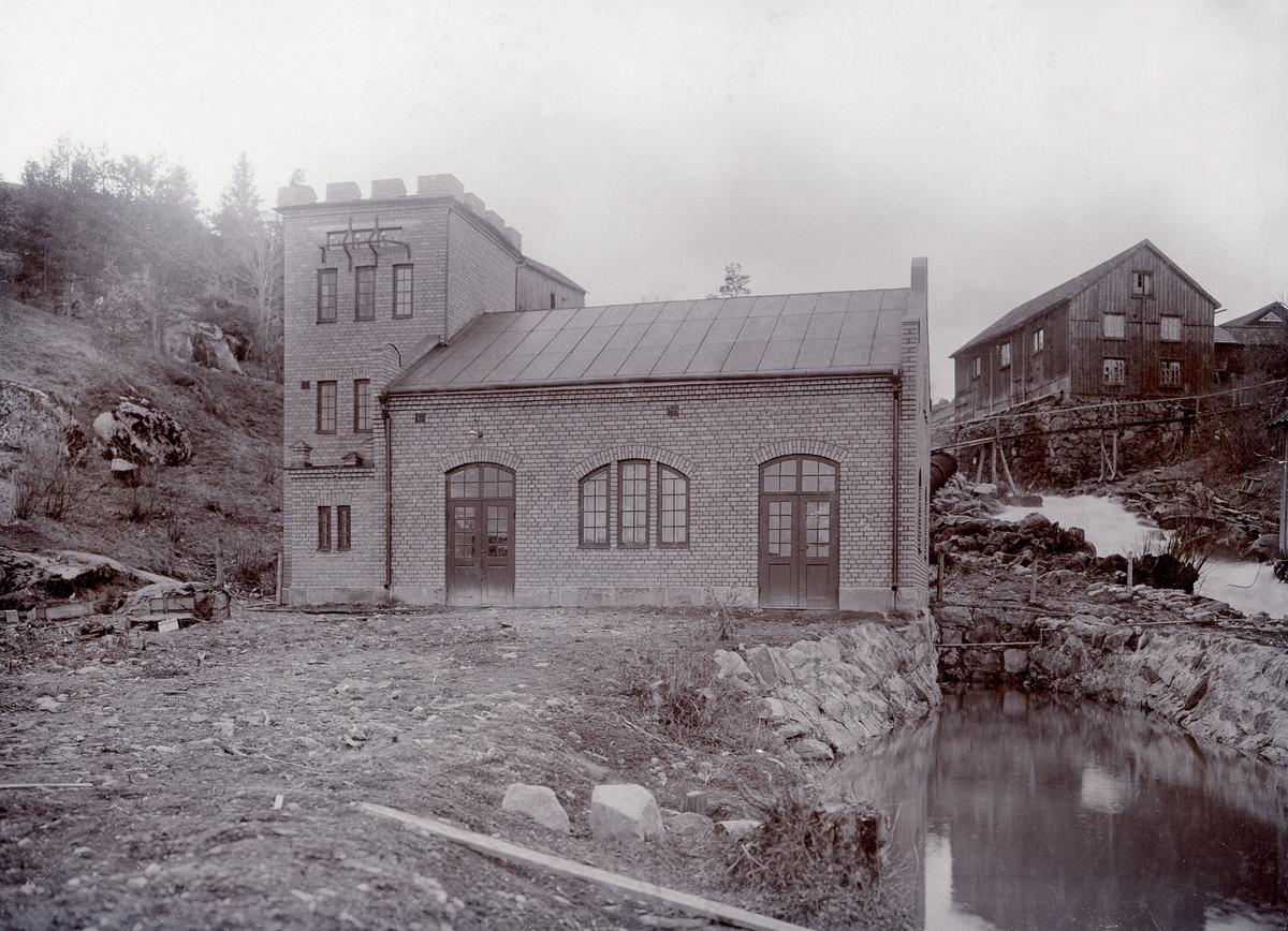 Nybble kraftstation i Nybbleån. Byggår 1907, fallhöjd 20 meter, effekt 400 kW.