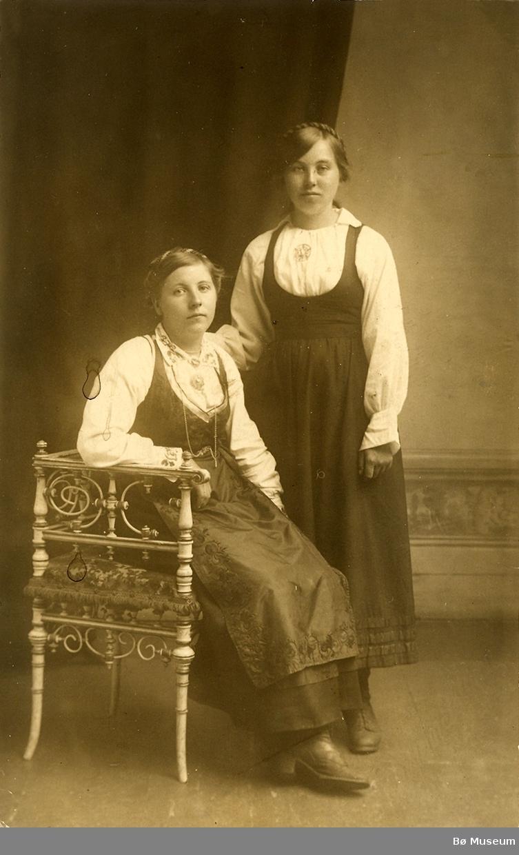 2 kvinner