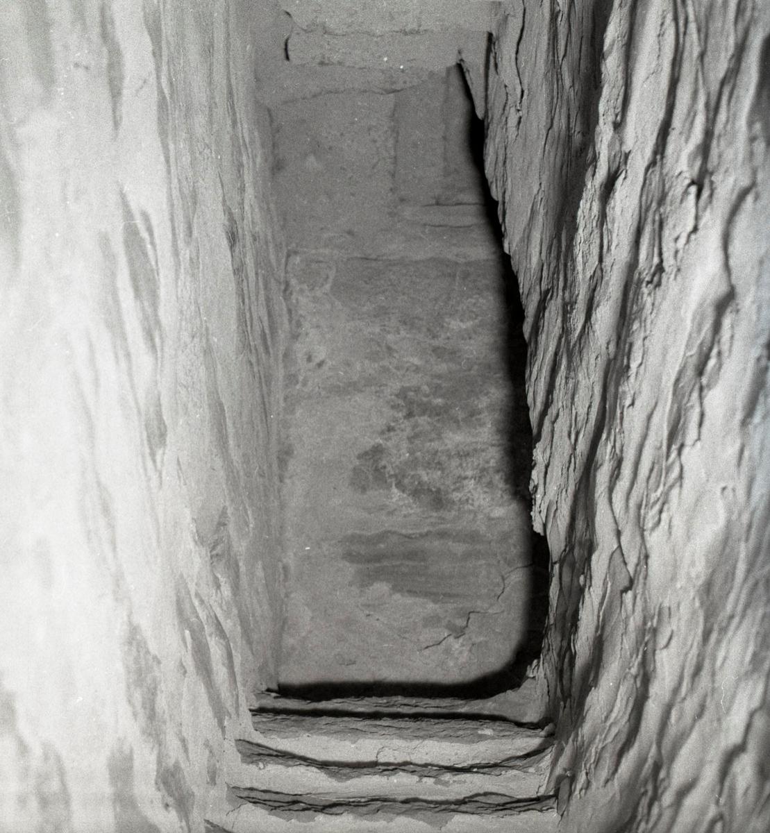 Trappan i den hemliga gången i Räpplinge kyrka.