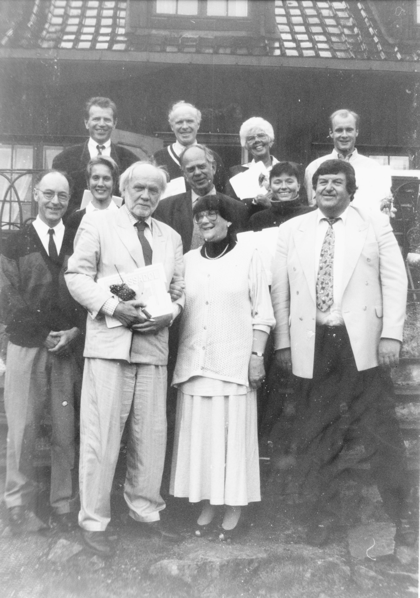 """""""Ambassadøler"""", personer fra Nittedal som har gjort seg spesielt bemerket, ble hedret med fest på Råsjøen, jaktslottet på Romeriksåsen, eid av familien Fearnley."""