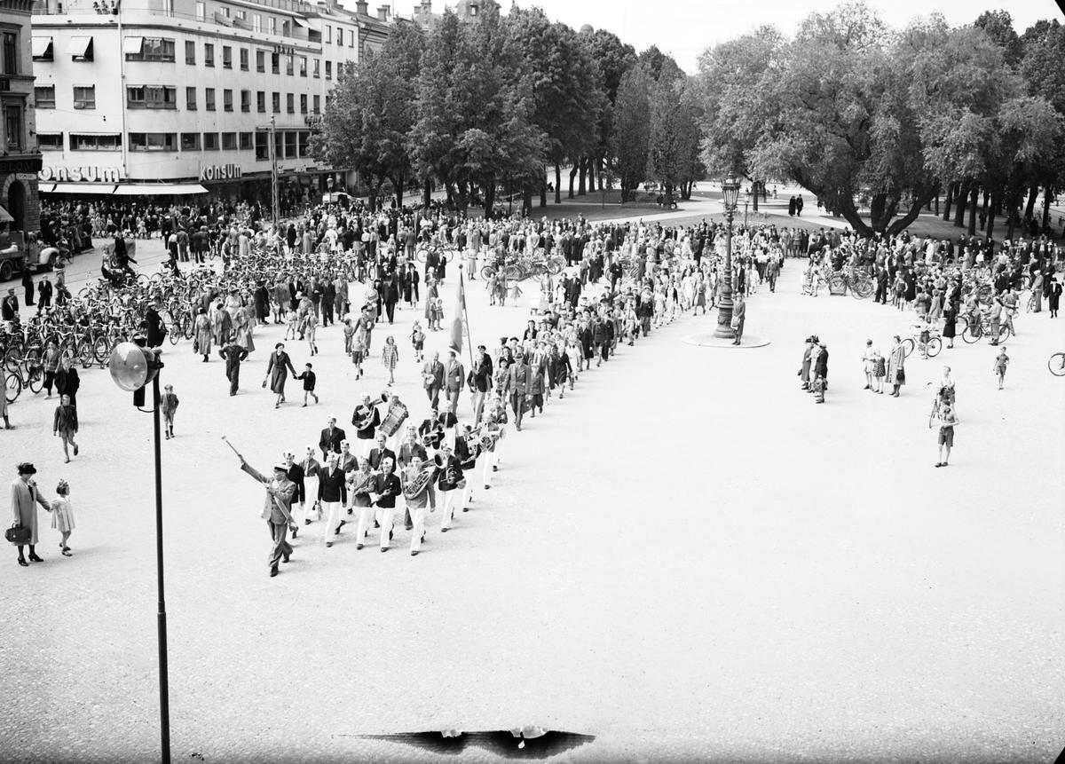Barnsångartinget vid Rådhustorget. 10-årsjubileum. Den 10 Juni 1941