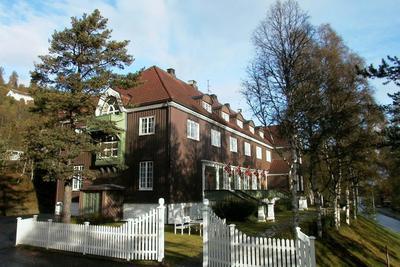 Orkla hotell ble bygd i 1916 og utvendig ser det nesten like dan ut 100 år etter.. Foto/Photo