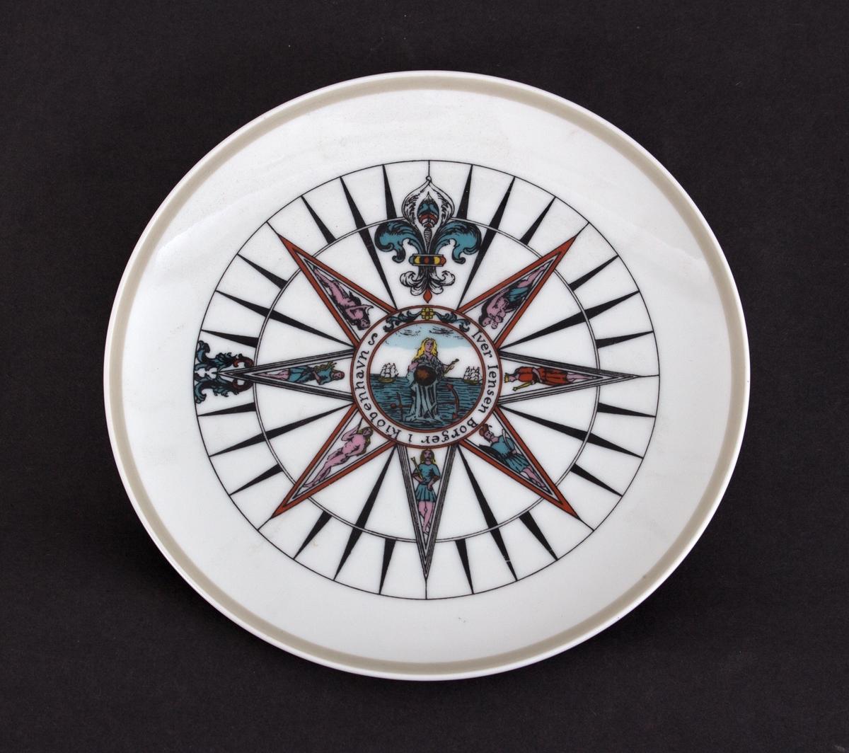 Tallerken med motiv av kompassrose i åtte deler dekorert med ulike figurer.