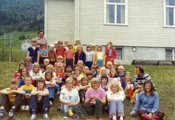 Biletet er teke våren 1974 på Ulsåk Skule i Hemsedal. Fyrste