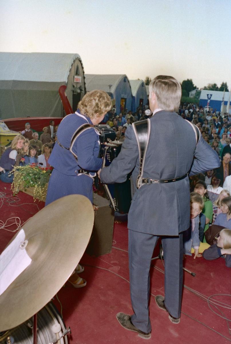 """Musikkinnslag på """"Lions dag"""" på messe i Lillestrøm"""