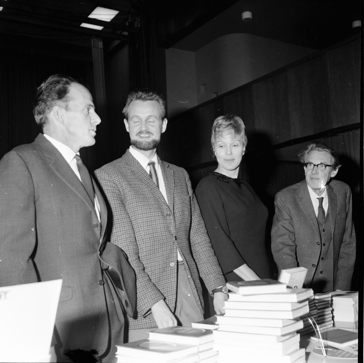 Uppläsningsafton på Folkhögskolan, Jacob Branting, Eva Dahlbeck, Olle Svensson, Sång:Gunvor Norlin, 5 December